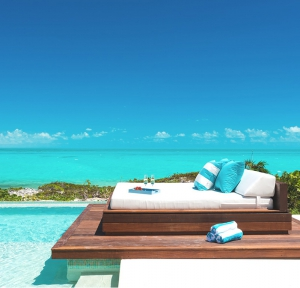 turks-and-caicos-paradise-ocean-pool-relax