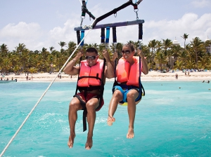 parasailing-turks-and-caicos-activities