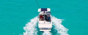 boat-ride-parasailing-turks-and-caicos