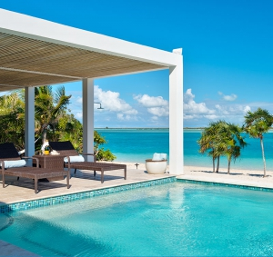 beach-villa-aquazure-turks-and-caicos-luxury-rental-ocean-pool