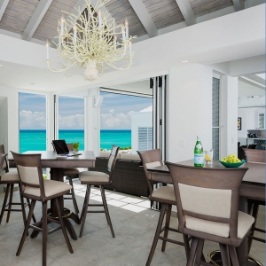 cascade-villa-turks-and-caicos-luxury-rental-dining-room-ocean