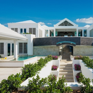 cascade-villa-turks-and-caicos-luxury-rental-entrance