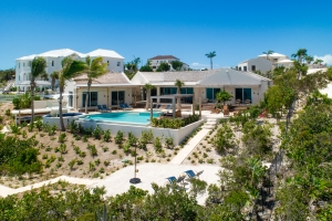 villa-alinna-turks-and-caicos-islands-luxury-pool-ocean-view-rental