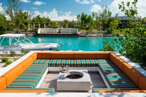 big-chill-villa-luxury-turks-and-caicos-rental-boat