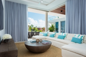 big-chill-villa-turks-and-caicos-living-room