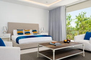 big-chill-villa-turks-and-caicos-rental-luxury-bedroom